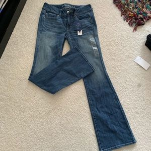 Never worn American Eagle Jeans (with tags)
